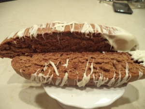 Gingerbread Biscotti w white chocolate drizzle
