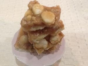 Caramel Macadamia Nut Bars