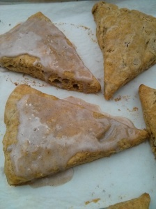 Pumpkin Scones with Pumpkin Spice Drizzle