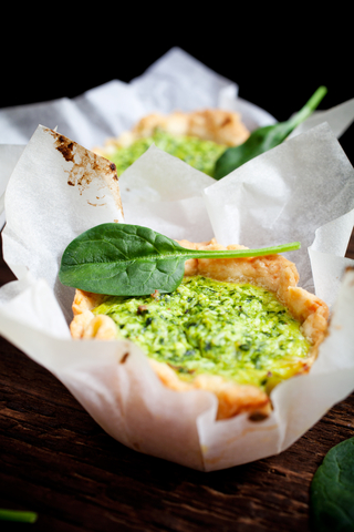 Phyllo Cups with Spinach Dip